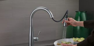 Best Hands Free Kitchen Faucets Reviews