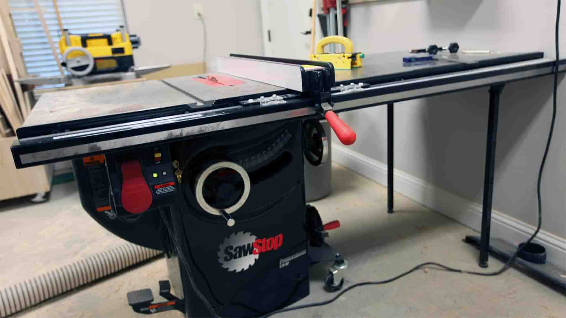 Best Cabinet Table Saw Under 1000 Reviews